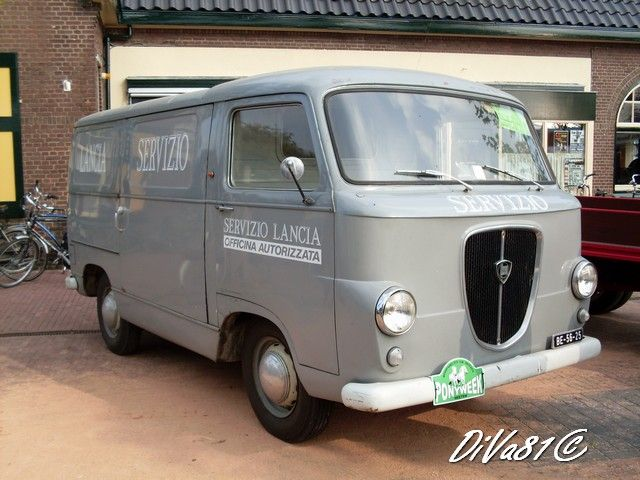 This is what Redux needs... Lancia Super Jolly service van.