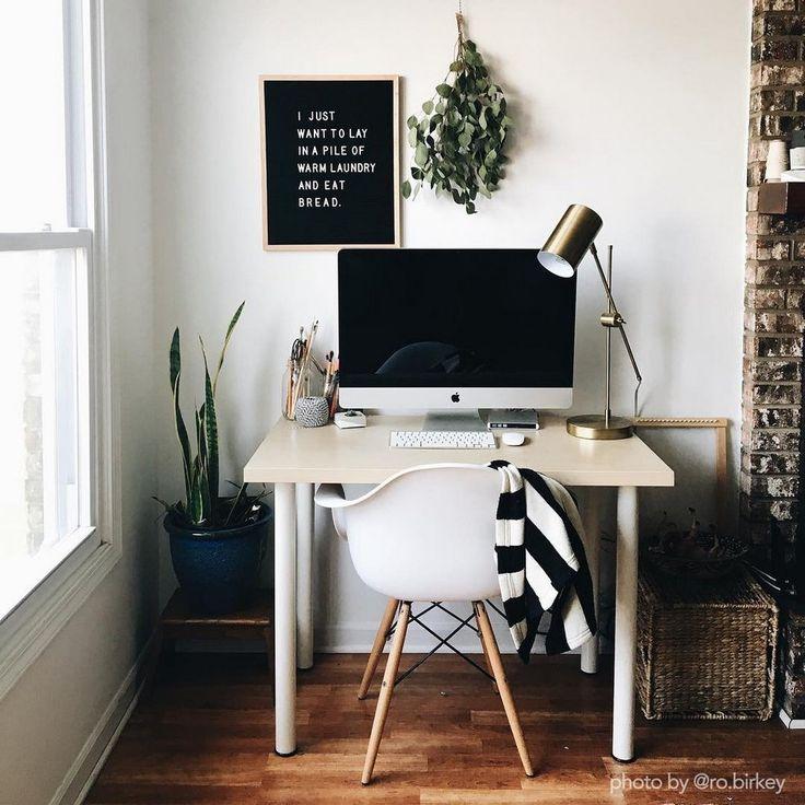 77 best home office dreams images on pinterest desks for Small room karen zoid