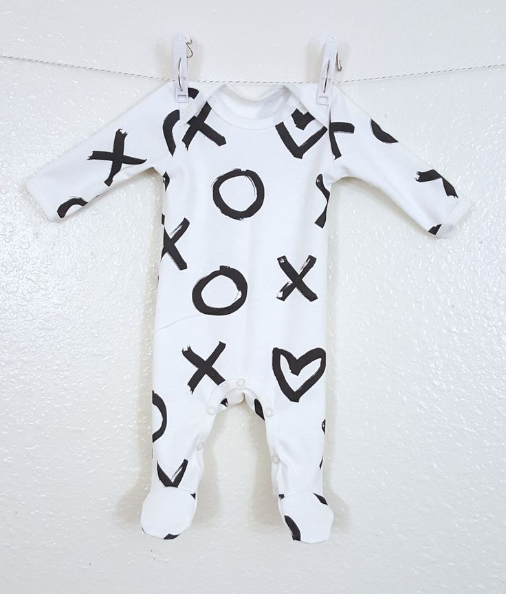 Organic baby footie in X O heart, baby coveralls, baby playsuit, baby pajamas…