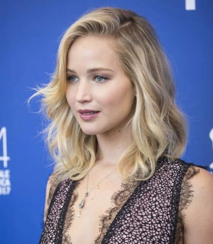 Jennifer Lawrence had one of the hottest hairstyles of 2017. I wanted to honor the passing of 2017 with a few of my favorite celebrities. Without further ado, here are the top 10 celebrity hairstyles of 2017!