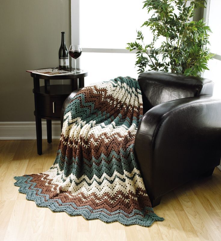 The Best of Mary Maxim Ripple Afghans - Energize your dÈcor with vibrant classic ripples from Mary Maxim. Youíll become a master of ripple afghans with this collection of 10 beginner to intermediate patterns to crochet.  10 Designs to make using medium or sport weight yarns: To the Point Throw, Optic Waves Throw, Autumn Waves Throw, Rippled Lace Throw, Bands of Lace Ripple, Ocean Breeze Afghan, Rise and Fall Throw, Home for the Weekend Throw, Lace Delight Throw, and Rippled Afghan.