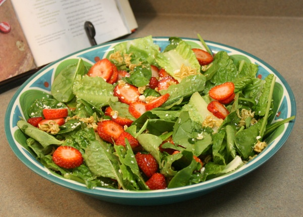 This summer salad recipe is so good, you'll want to eat it all year long! {For Chic Sake}