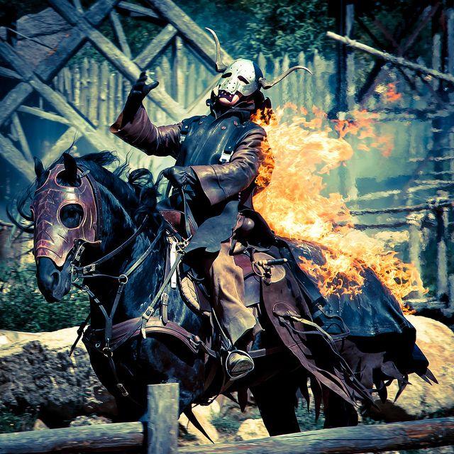 Les Vikings par christian.parreira - Puy du Fou #Vikings #PuyduFou #Cheval #Cavalier #horse #fire #feu #show #spectacle