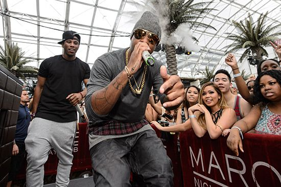 #naludamagazine #fashion #lifestyle #entertainment #usa #naludamagazine.com Jeremih at Marquee Dayclub Dome  #Birthday Sex #Def Jam #Don't Tell 'Em #Grey Goose VX #Jeremih #Marquee Dayclub Dome #Party #The Body #vegas