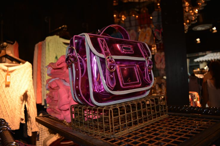 Superdry handbag #pink#fashion#streetsnap