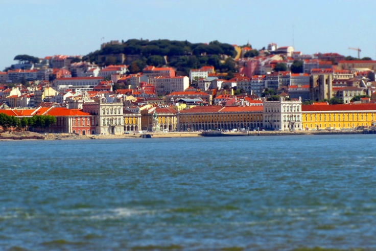#Portugal, breathtaking views of Lisbon from Cacilhas