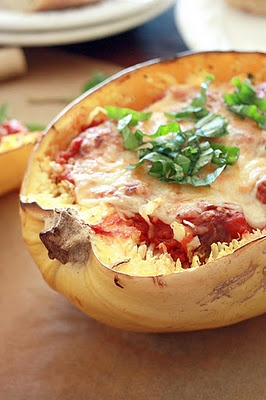 Baked Spaghetti Squash and Meatballs: Meatballs Recipes, Dinners, Baked Spaghetti Squash, Savory Recipes, Spagetti Squash, Baking Spaghetti Squash,  Pizza Pies, Squashes, Yummy Mummy