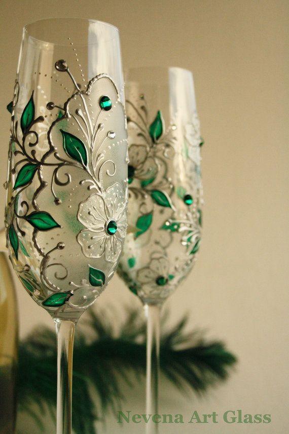 So beautiful! Emerald CRYSTAL Wedding Glasses Hand Painted by NevenaArtGlass