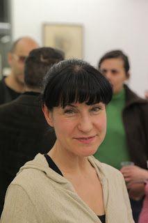 La artista Bene Bergado vía Wireless & Outlet: marzo 2011