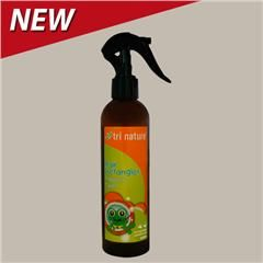 Kids Hair Detangler $9.95. Little One Kids #Hair #Detangler is a gentle and effective spray to assist in removing tangles from your child's hair. It is enriched with Hydrolysed Oats, D-Panthenol (Provitamin B5) and Quaternised Honey to gently condition the hair as it detangles. Use in combination with Little One 2 in 1 Shampoo/Conditioner for excellent results. Suitable for all hair types and ages.