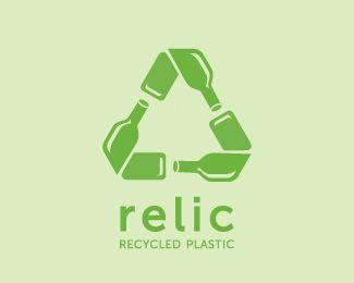 Ejemplifica el traslado de los elementos en el reciclaje por medio de botellas -Reducir, Reutilizar, Reciclar.