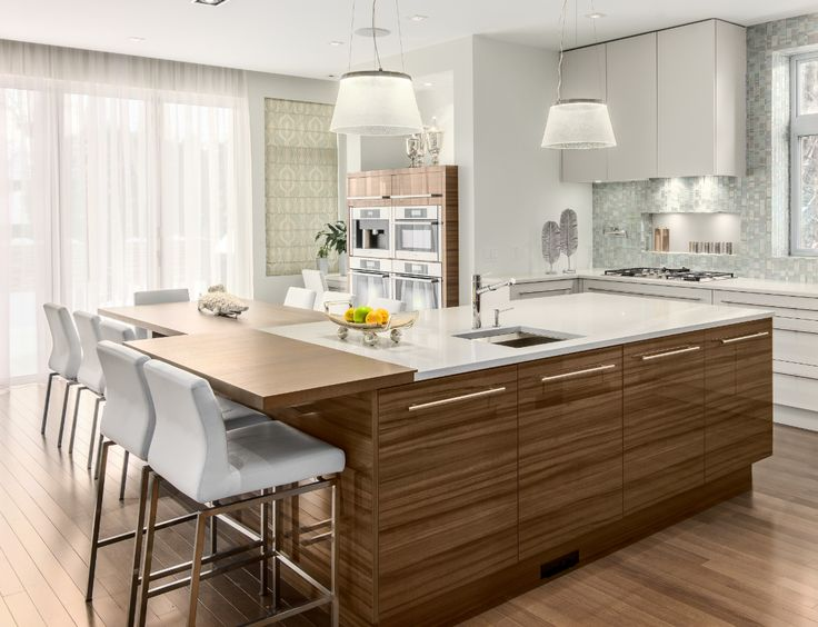 Take a look at this #dream #kitchen by @DesignFirstInt. This stunning space boasts #Caesarstone #Classico 9141 Ice Snow on the #countertops. Now it's your turn to be inspired. http://www.caesarstone.ca/en/The-Catalog/Pages/9141%20Ice%20Snow.aspx