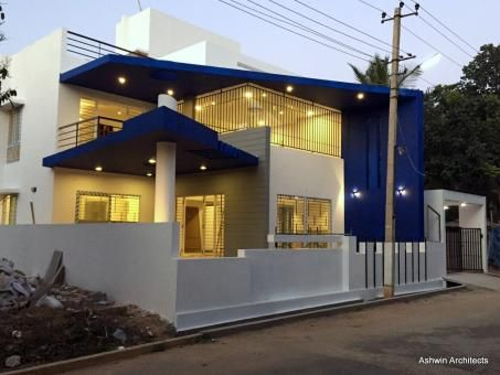 Mala's 50 X 80 Ft Bungalow In India by Ashwin Architects