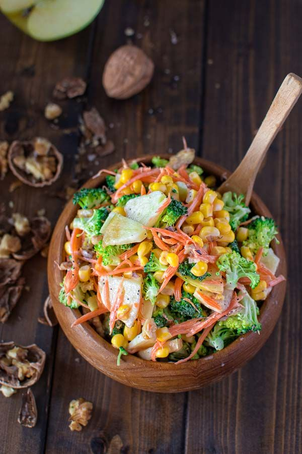 This Fresh and Crunchy Broccoli Salad is packed with vitamins and it will be a perfect addiction to your lunch or dinner. ❤ COOKTORIA.COM