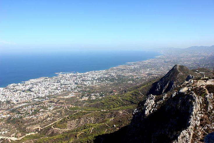 Odwiedź z nami Cypr Północny - sprawdź co warto zobaczyć i gdzie się wybrać planując podróż na północną część wyspy. Nasze top 10 rzeczy do zrobienia!