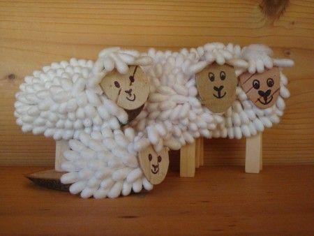 setje schaapjes, hout, knijpers en wattenstaafjes