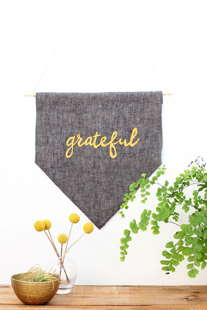 Add the grateful into your Thanksgiving decor with our DIY No-Sew Thanksgiving Banner. Make this simple no-sew fabric banner in no time!