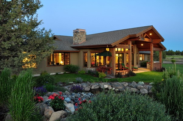 This would be my dream vacation home livin 39 quarters for Home designers bend oregon
