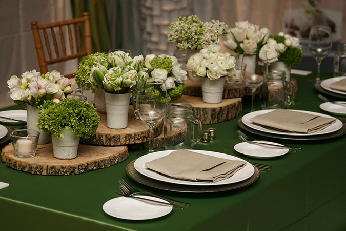 Earthy tablescape
