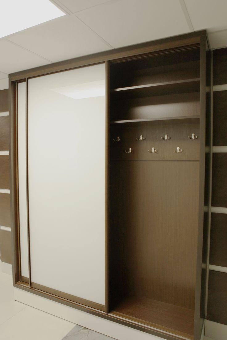 встроенный офисный шкаф-купе на этаже арендатора в Sunflower