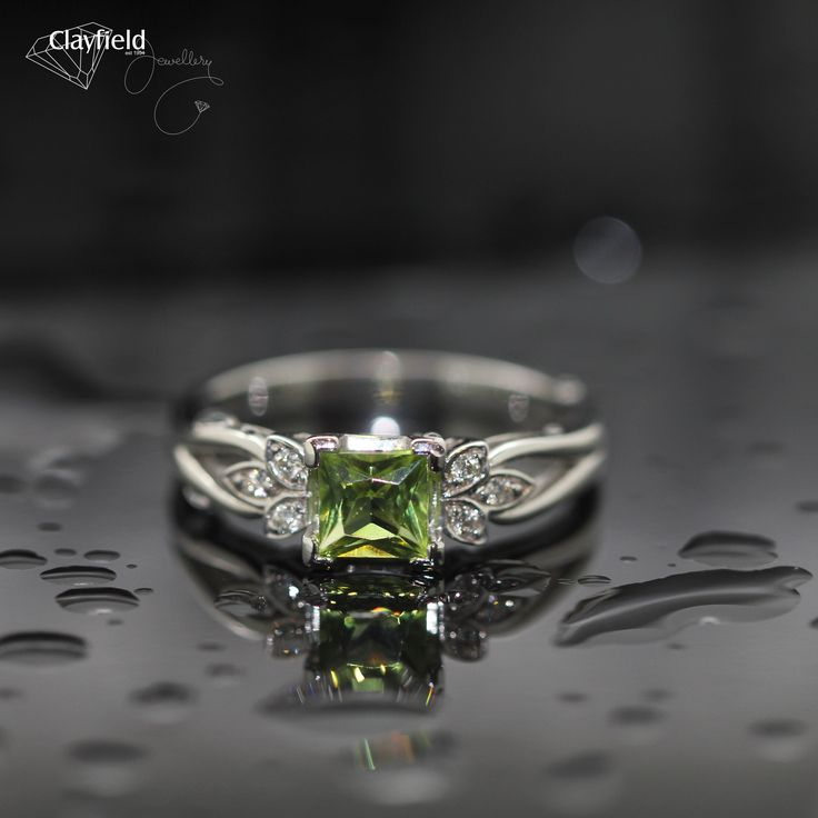 Peridot and diamond ring, absolutely gorgeous...