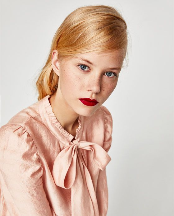 Image 6 of VOLUMINOUS TOP WITH BOW from Zara