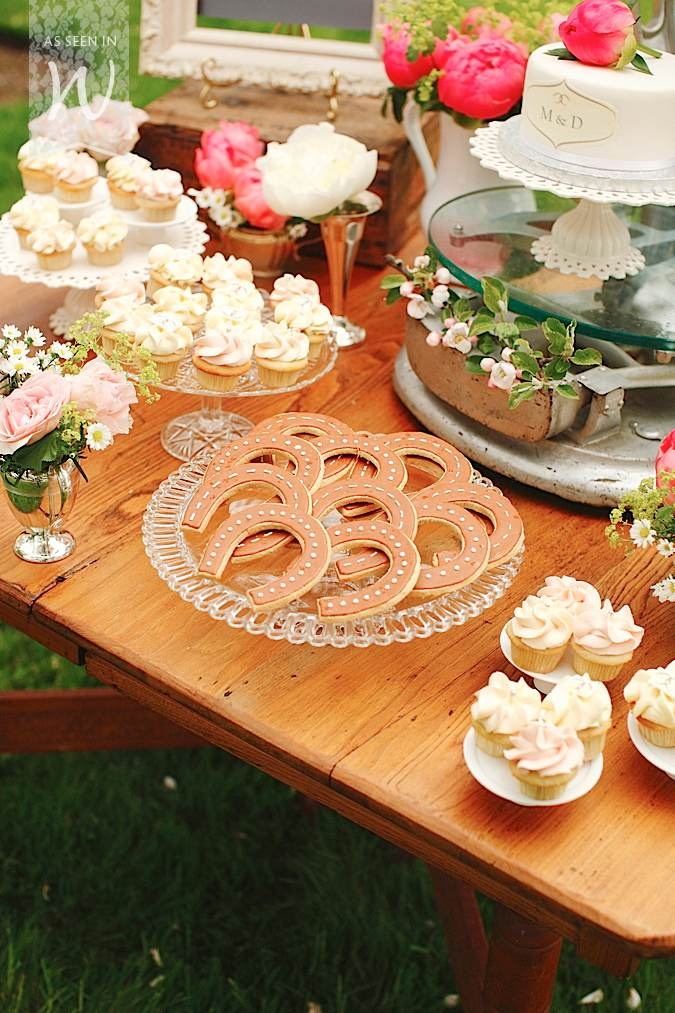 delicious looking and equestrian details are SO CUTE! #charleighscookies #equestrianlife #equestrianinspiredparties