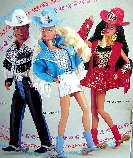 1000 bilder zu barbie auf pinterest barbiehaus ken. Black Bedroom Furniture Sets. Home Design Ideas