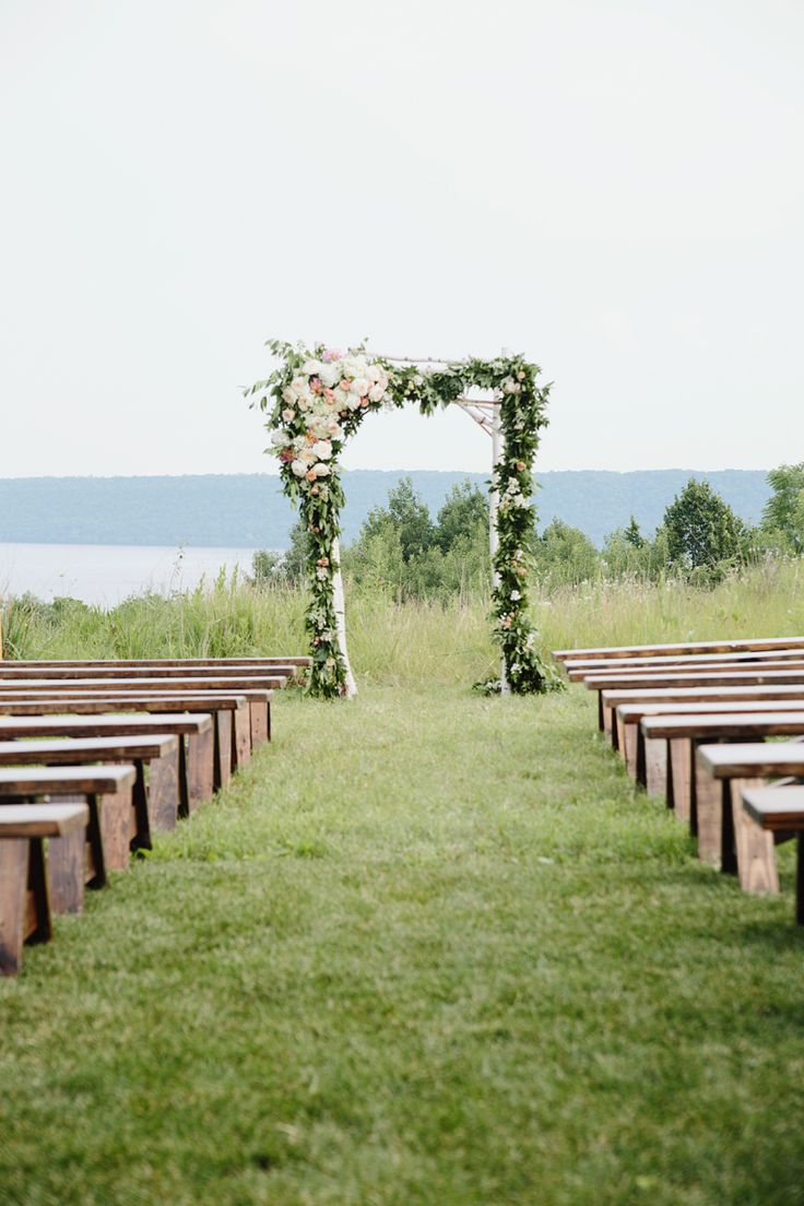 flowers for wedding arch 17 best images about flowers by studio fleurette on 4269