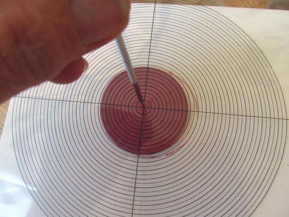 Ein Tool Sie finden das Zentrum Ihrer Kreis-Fimo von hillovely