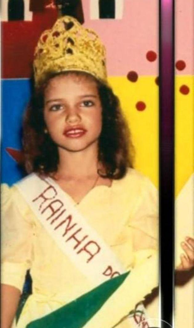 ADRIANA LIMA  #CELEBS #CHILD #CHILDREN #NIÑOS #FAMOSOS #FAMOSAS #STARS #ESTRELLAS #CUTE #TIERNAS #FOTOS #PHOTOS
