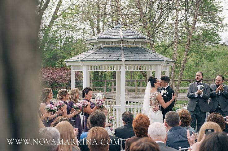 Wedding Ceremony, London Ontario || NovaMarkina Photography || http://www.novamarkina.com/blog/civic-gardens-wedding-photography/
