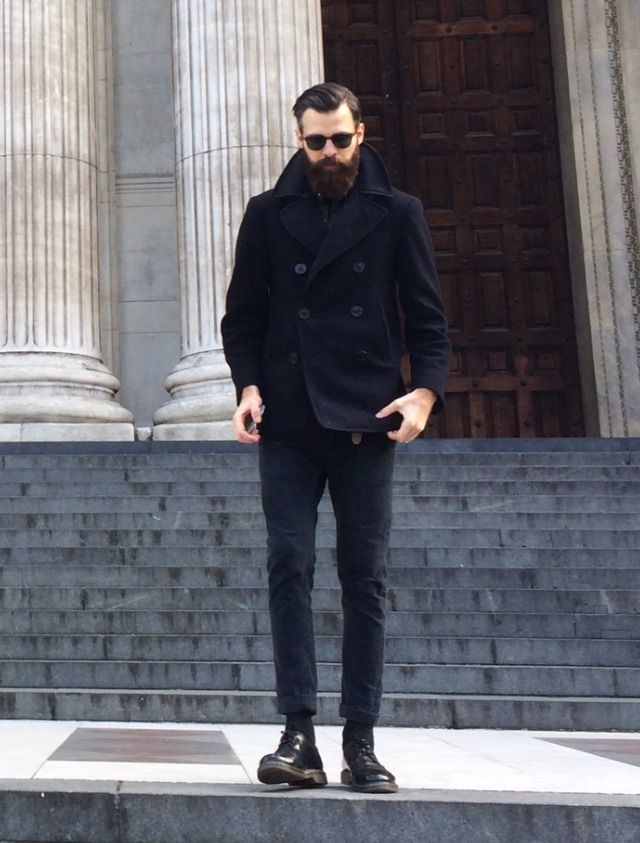 bring on the fall. A beard and Pea coat go hand in hand. #handsome #beards #gentlemen | http://www.raddestlooks.net