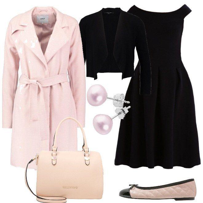 Un semplice vestito nero viene proposto con una giacca corta e con delle ballerine a doppio colore. Sopra, si consiglia un cappotto rosa pallido, dello stesso colore della borsa a mano. Gli orecchini di perla rosa completano la composizione, pensata per una serata elegante o per una cerimonia.