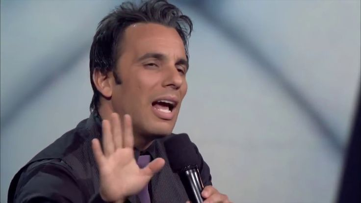 Italian Comedian Sebastian Maniscalco - 0425