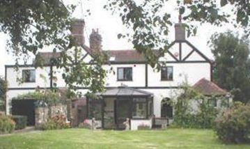Reynolds Farm Guest House, Chislet, Margate, Kent, UK, England. Bed and Breakfast. Staycation. Travel. Accommodation. Children Welcome. Pets Welcome.