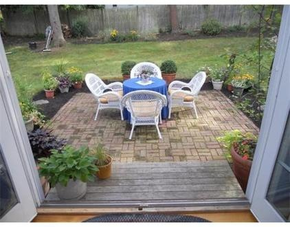 patio - this could work here.
