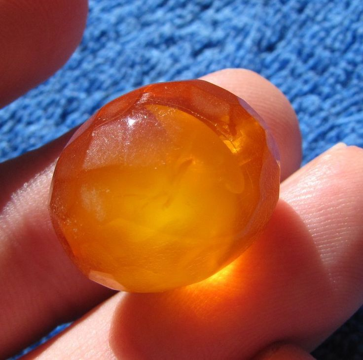 Natural Baltic amber 3 g cognac olive oval faceted bead 琥珀 Konigsberg anituque #HandMade