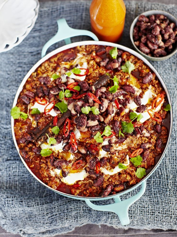 Chilli con carne with popping kidney beans