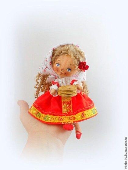 Коллекционные куклы ручной работы. Ярмарка Мастеров - ручная работа Чудо на ладошке Масленничка. Handmade.