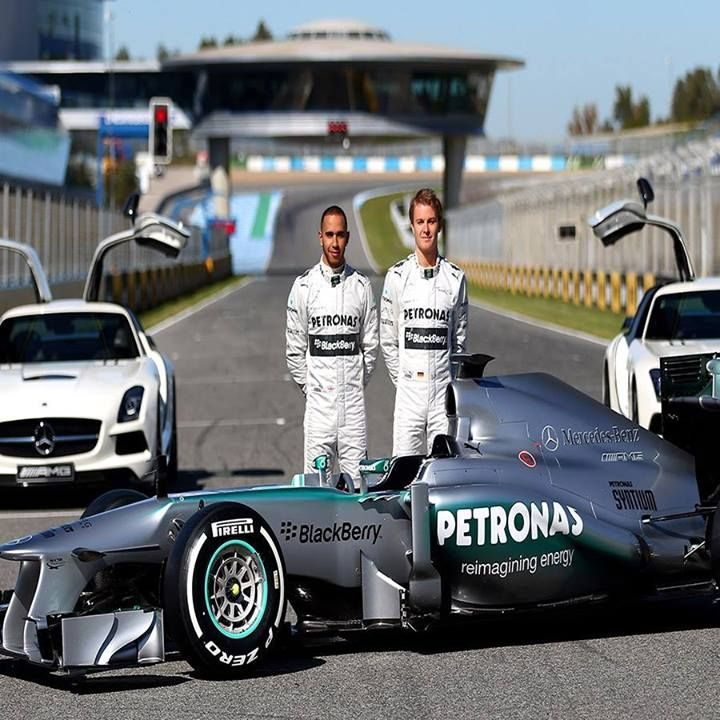 Mercedes' Lewis Hamilton and Ferrari's Fernando Alonso are pinning their world championship hopes on strong enough performances to beat Sebastian Vettel and Red Bull in this weekend's 2013 Formula 1 Singtel Singapore Grand Prix, one of the longest and toughest races on the F1 calendar. Go Team Mercedes