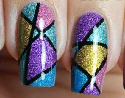 fingernaegel design geometrisch muster idee glitzer nagellack