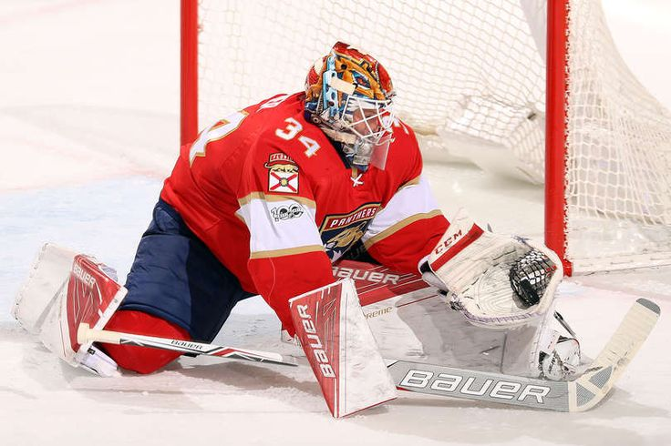 SUNRISE, FL - JANUARY 7: Goaltender James Reimer #34 of the Florida Panthers defends the net against the Boston Bruins at the BB&T Center on January 7, 2017 in Sunrise, Florida. (Photo by Eliot J. Schechter/NHLI via Getty Images)