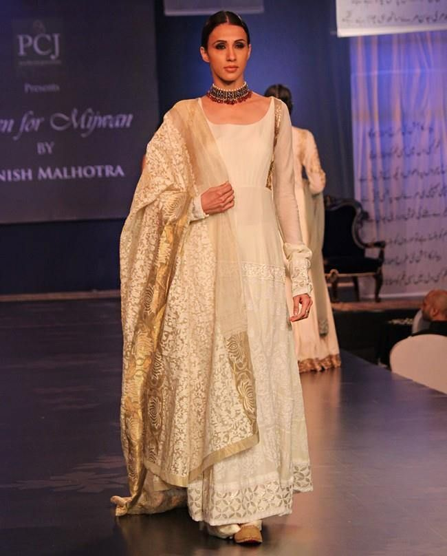 white mijwan manish malhotra dress for girls