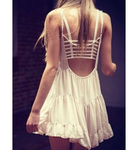 Backless Tiered Beach Dress at www.celebrityfashionlookbook.com in black and white