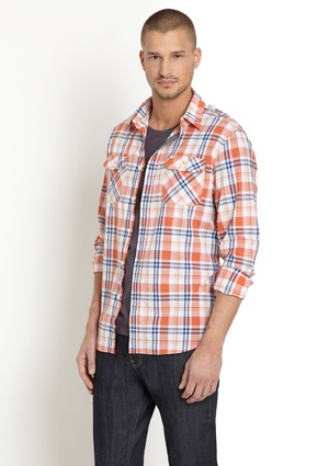Long Plaid shirt, love these complimentary colors together!
