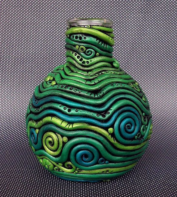 Clay coil vase -- use this example to show the importance of color and visual movement