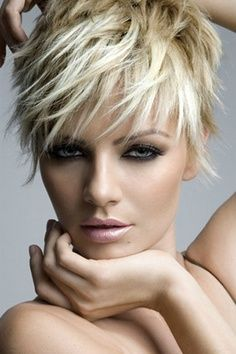 Would love to have this hair style.. needing a hair cut anyway..