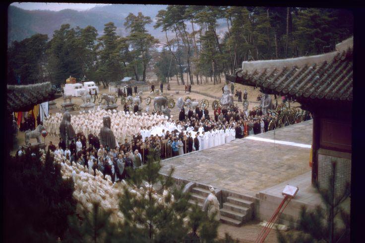 Kumgok, 23 Feb 1966. At shrine | Stephen Dreher