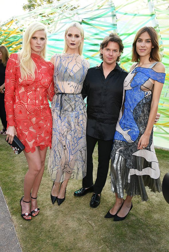 All the Pics From the Serpentine Summer Gala in London - Lara Stone, Kate Hudson, Mario Testino, Parties